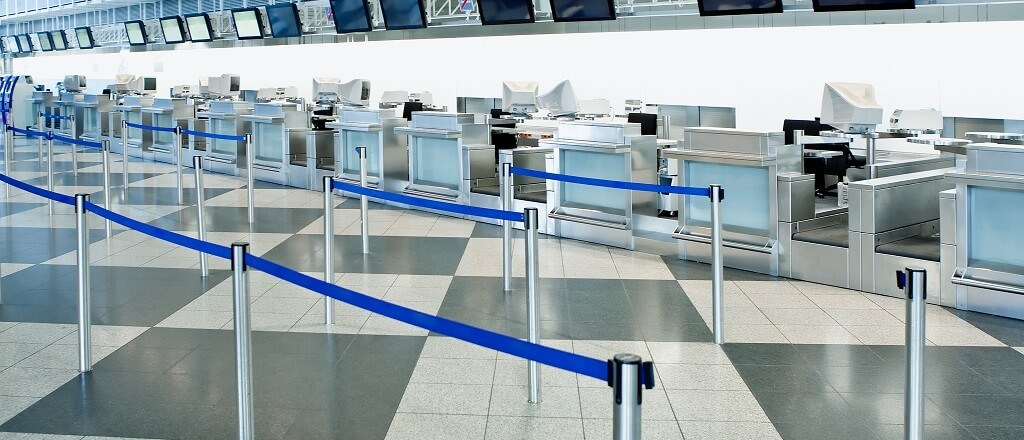 airportbarriers.jpg